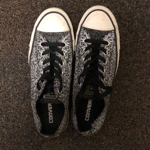 Black converse, light up with flash